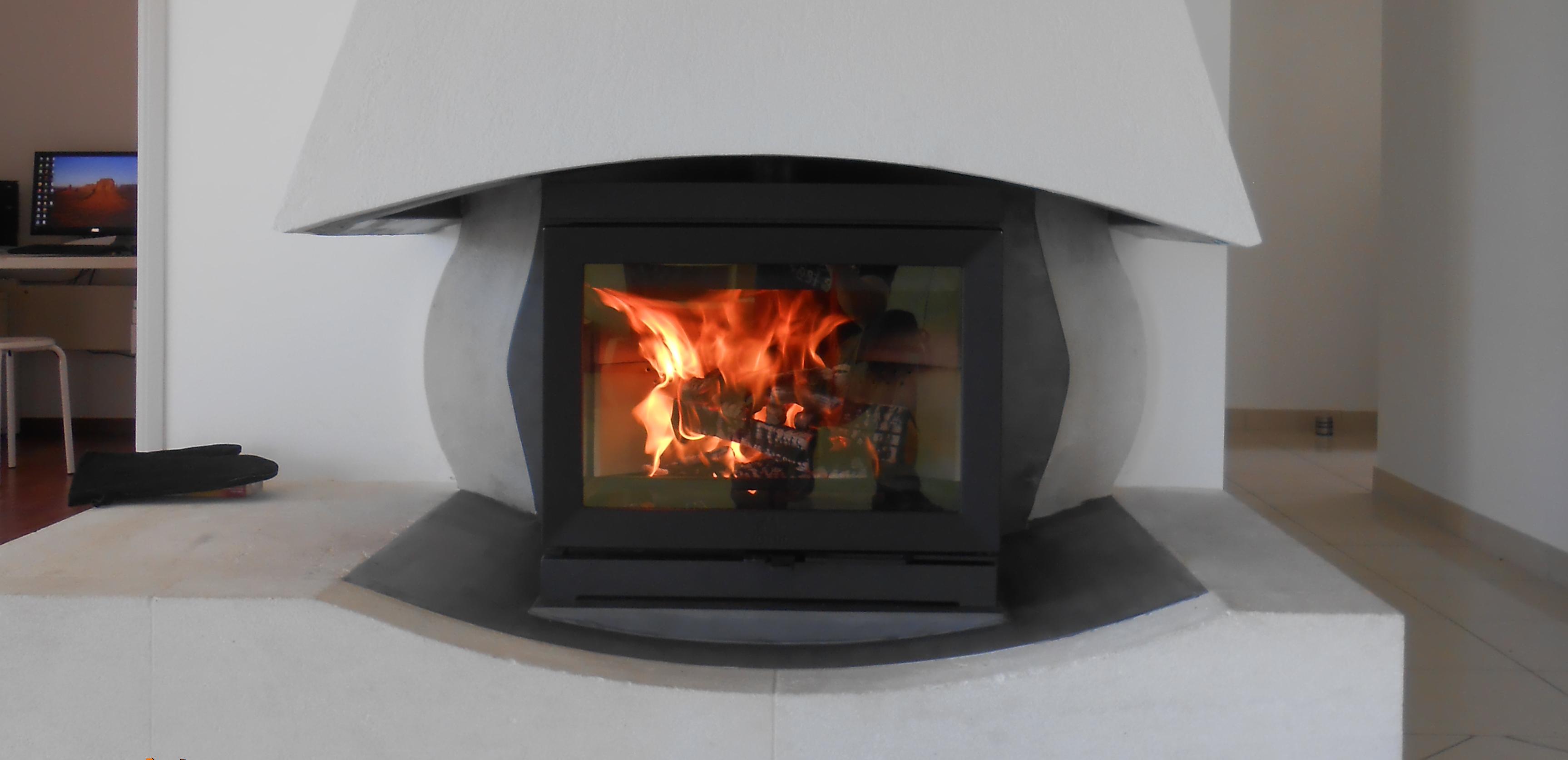 Photo rénovation cheminée, poele à bois, JOTUL F 520 , JOTUL Brive Cheminées, ancien foyer ouvert, béton ciré