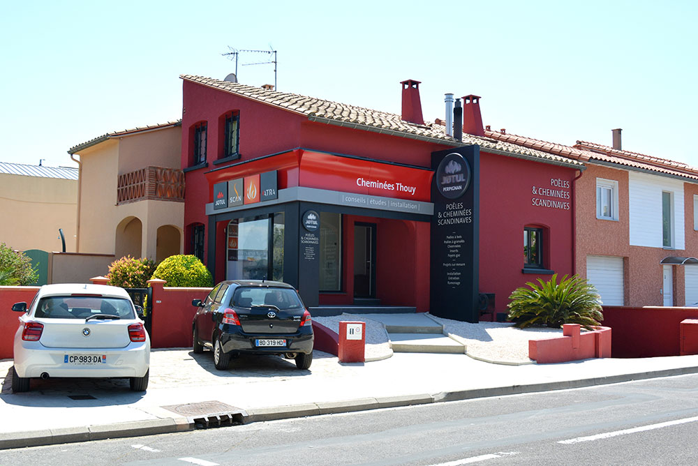Façade magasin Jotul Perpignan - Cheminées Thouy, Poêles et cheminées