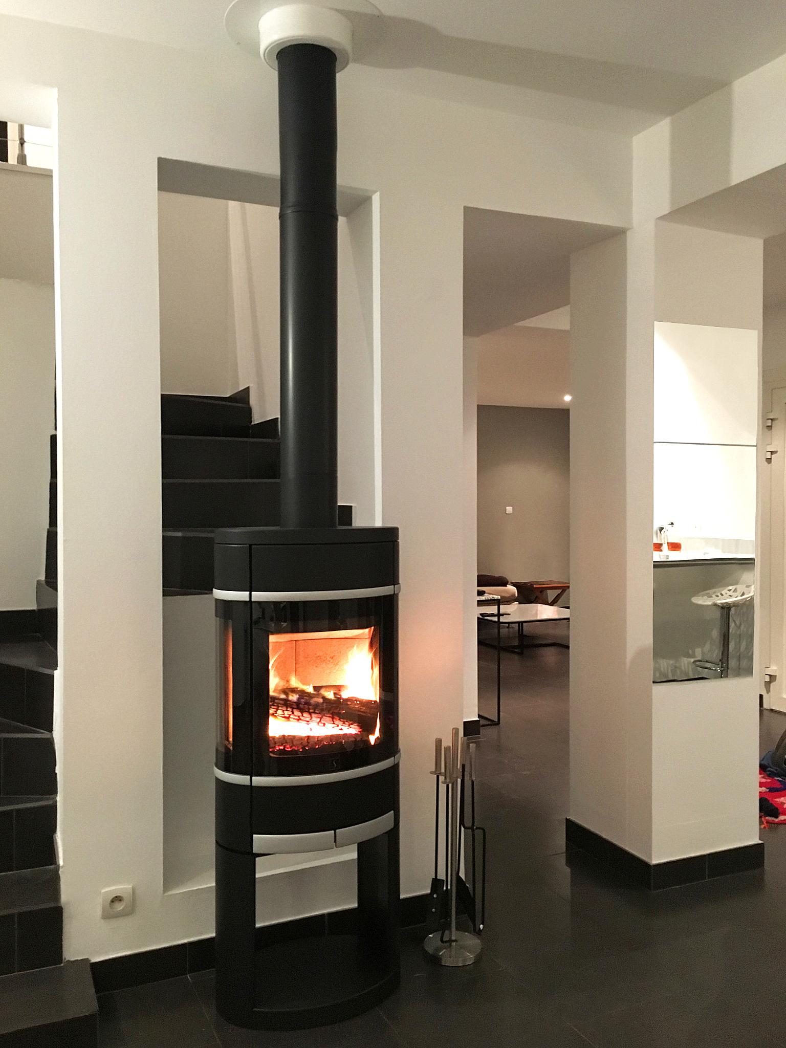 raccordement poele a bois quel raccordement pour quelle d. Black Bedroom Furniture Sets. Home Design Ideas