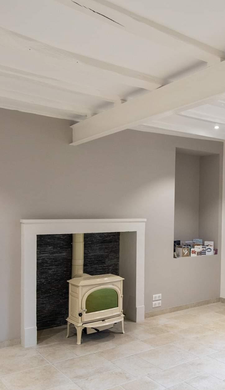 photo rénovation, cheminée, poêle à bois, JOTUL F 400 SE, fonte émaillée ivoire, JOTUL Savigné, Giraud & fils