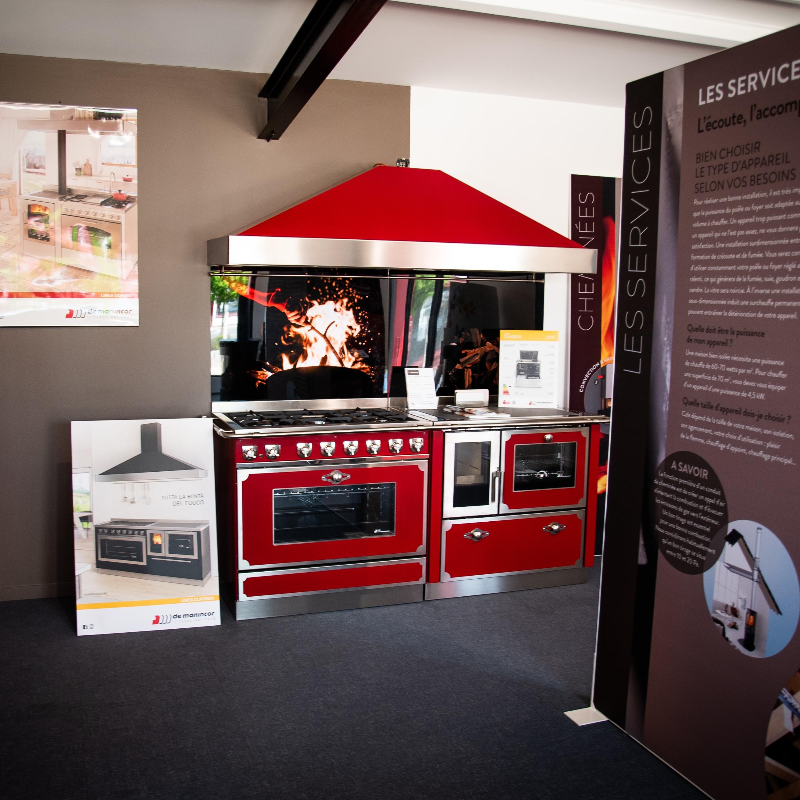 Showroom JOTUL Savigné, Giraud & Fils, cuisinière à bois DE MANINCOR